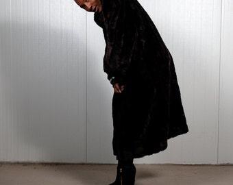 Dark brown fake fur coat / Faux fur coat / Vegan coat / Vintage coat / Ladies coat / Men's winter coat / Mink jacket / Size L