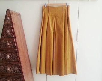 Vintage 80s Skirt - High Waisted  Tan Corduroy Skirt - X-Small
