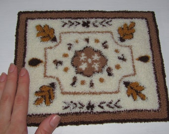 Dollhouse Miniature 1:6 Scale Rug/Carpet Handmade Punch Needle