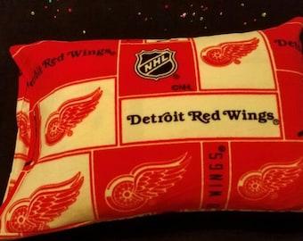 Detroit Red Wings Fleece Pillowcase, Red Wings, Detroit, Pillowcase, Fleece, Made In Detroit, Plush, Standard Size Pillowcase