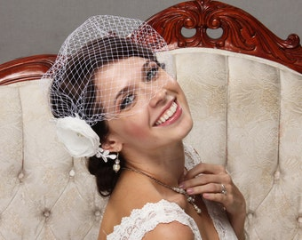 Birdcage Veil, Bandeau Veil, Bridal Fascinator, Wedding Hair FLower, Bridal Fascinator, Vintage Veil, Short Veil, Bridal Flower Hair Clip