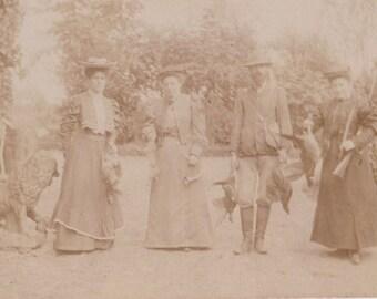 Rare Antique Victorian Photo, WOMENS, HUNTING, GUNS  1890's  Fashion, real Photo,