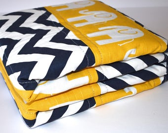 SHIPS TOMORROW ! Yellow Elephants Quilt, Baby room, Safari theme, Modern nursery, yellow and navy, nursery decor