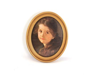"""Vintage 8x10 oval picture frame - gold tone, Ferdinand Schauss """"Gretel"""", perfect for silhouette art!"""