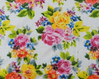 "Dressmaking Fabric, Floral Print, Sewing Fabric, Quilt Material, White Fabric, Home Decor, 43"" Inch Cotton Fabric By The Yard ZBC7192A"