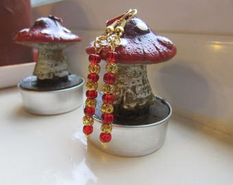 Red and gold earrings , Red earrings , Gold earrings , Gold plated earrings , Beaded earrings , Dangle earrings , Gifts for her