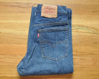 Vintage Early 80s Levi Levi's 517 Boot Cut Transitional Jeans // 30 x 32 // USA Made // Dark Stone Wash