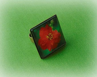 Photo flower ring, adjustable ring, photo ring, botanical ring, square ring, nature ring, floral ring, garden jewelry, red, ring