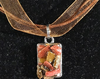 Tigers eye and goldstone necklace