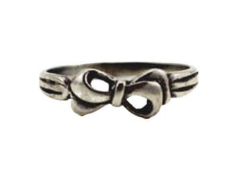 Sterling Silver Bow Ring, Sterling Silver Ribbon Ring, Sterling Silver Ring