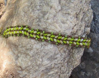 Spring Bracelet with fresh green Herringbone pattern