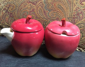 Otaguri Apple Sugar Bowl and Creamer Japan