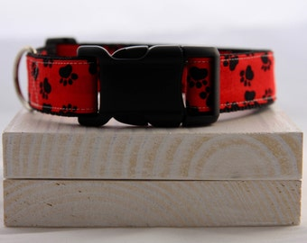 Red Dog Paw Dog Collar