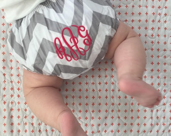 Chevron Monogrammed Baby Bloomers // Personalized Bloomers // Baby Bloomer // Baby Shower Gift // Newborn Shoot // Newborn Outfit // Baby //