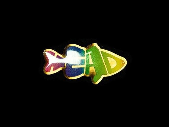 Little 'Bass' Head Pin (Copper)