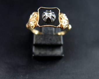Old gold ring and diamond cut pink - nineteenth century / / / Antique gold ring with a rose cut diamond - 19th Century