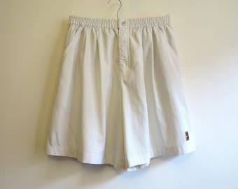 NIKE Shorts Light Grey Shorts Sport Shorts Sportswear Shorts Medium Size