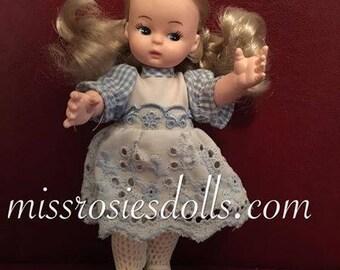 """Vintage Doll 6.5"""" Tall"""