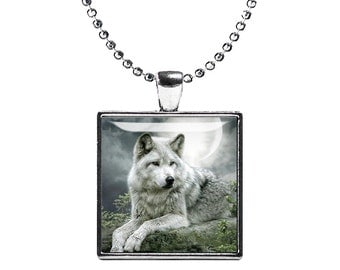 Grey Wolf Necklace Grey Wolf Square Pendant Wolf Jewelry Animals