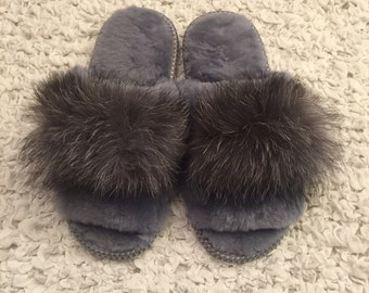 Warm  slippers ,Womens slippers,Sheepskin cozy ,Home shoes,Sheepskin  slippers,Gift for her,Grey slippers,Organic shoes.