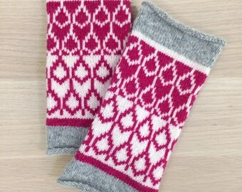 Cashmere knitted wristwarmers - fairisle pattern - Luxury fingerless mitts - grey pink ivory mittens - machine knitted