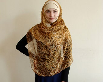 Leopard Hijab Two Piece,Al Amira style,  Ready to wear Hijab, Scarf handmade, prayer scarf, islamic scarf, eid gift ideas, burqa