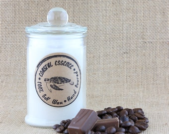 Fresh Coffee fragranced soy candle. This coastal essence candle will surround you with the rich aroma of freshly brewed coffee.