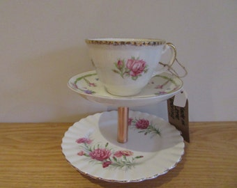 Vintage teacup makeup stand/jewellery stand/home decor