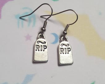 RIP Tombstone earrings, Tombstone earrings, Gravestone, RIP, Dangle earrings, Alternative, Punk jewellery, Halloween, Horror, Gothic, Goth
