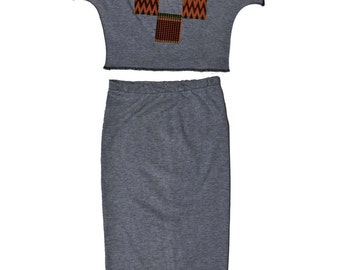 crop top and pencil skirt outfit with afrocentric accents // jersey skirt // crop top // stretch skirt // pencil skirt // jersey knit  top
