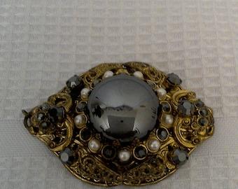20% off Stunning Vintage GERMAN Gold Tone Brooch Black Gemstone/Glass with Pearl Stud Seeds