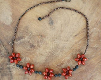 Beaded Necklace With Red Flowers