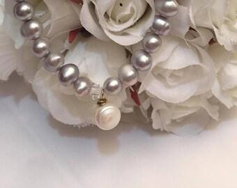 Silver Grey Cultured Freshwater Pearls Bracelet