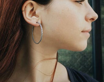 Armadillo silver hoops (Hoops, Minimalist,Open Circle Earrings, Dainty Everyday Earring, Minimal Earring, Hoop Earrings, big hoop earring)