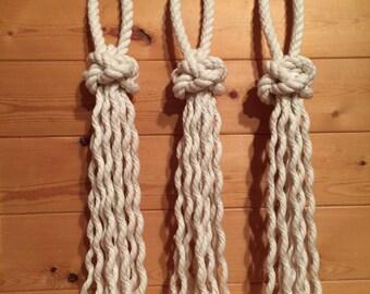 3 Crown Knot Tassels