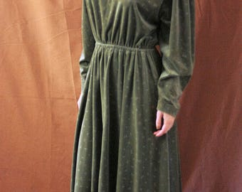 Vintage 1990s Green Velvet Leaf Pattern Calf Length Dress size S-M UK12