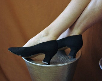 Vintage 1990s Black Fabric Heeled Pumps Shoes New Deadstock size UK5 EU38 US7