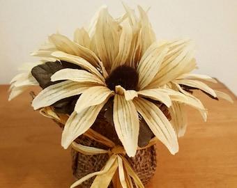 Mini Burlap Flower Vase