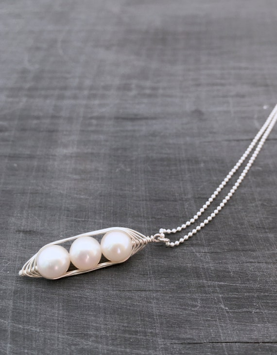 Pea pod necklace.// // Mothers day gift. Three snow peas in a pod with white  pearls.  for mom, sister, or best friend, triplet jewelry