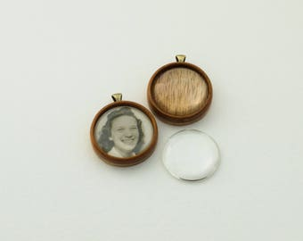 Finished hardwood pendant blank No laser - Mahogany - 25.5 mm cavity - Brass Bail - (Z25-M) - Set of 2