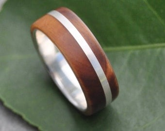 Wood Ring - Solsticio Guayacán - ecofriendly wood wedding band, mens wedding band, wood wedding ring