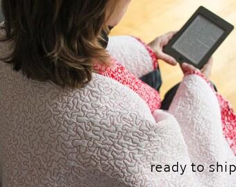 Shawl Wrap Kimono Quilt Meditation Blanket Kimono Inspired Quilt Modern Quilted Shoulder Wrap Reading Blanket Red and White Quilt Red Kimono