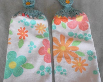Flower Graphics Handle Top Towel Set - Crochet Top Pastel Floral Pattern Towel Set - Pastel Flower Granny Towel Set