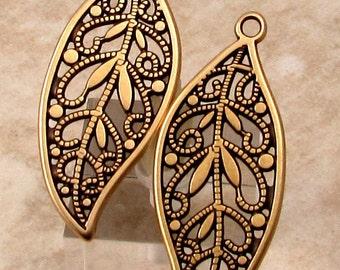 Filigree Leaf Pendant, Antique Brass, 2 Pieces, AB157