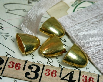 Vintage Gold Plated Brass Caps/Necklace Ends