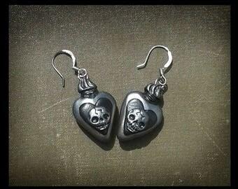 Gothic Earrings Skull Earrings Flaming Heart Jewelry Momento Mori Jewelry Black Earrings Ex Voto Heart Halloween Jewellery Gothic Gift