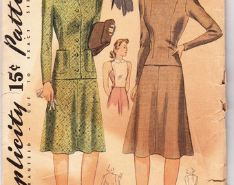 Vintage Sewing Pattern 1940's Misses Four-Piece Suit & Dickey 30 Bust Simplicity 3907 - FREE Pattern Grading E-book Inlcuded