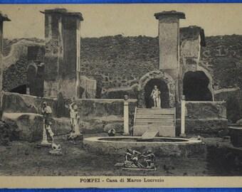 Pompei Italy Casa di Marco Lucrezio Ruins Black and White Early 20th Century Postcard