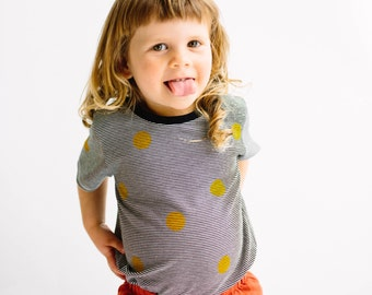 yellow spots kids T-shirt