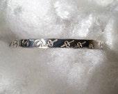 Taxco Silver Bangle Bracelet, vintage jewelry, stamped pattern design narrow bracelet Mexican